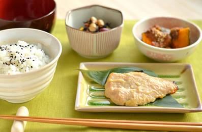 日本食で朝食