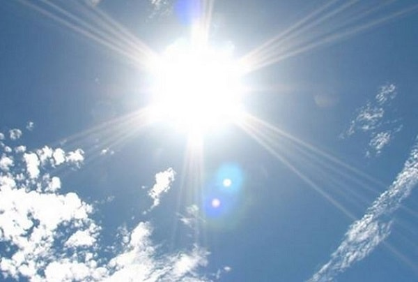 太陽で頭皮が透ける